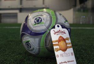 Justins packs snacks for soccer kids